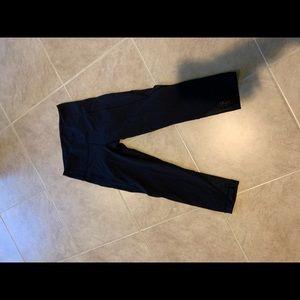 Black size 4 lululemon crop leggings